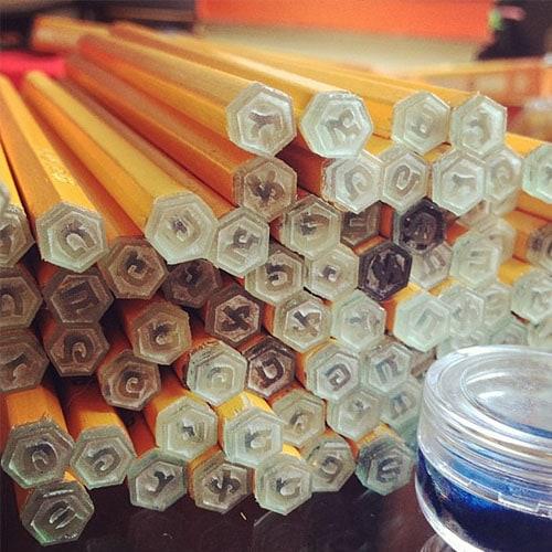עפרונות חותמות אסימון
